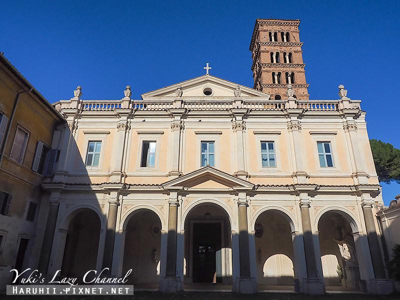 Basilica dei Santi Bonifacio e Alessio.jpg