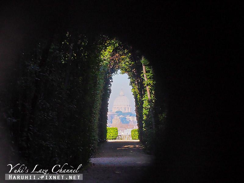 Buco della serratura di Roma.jpg