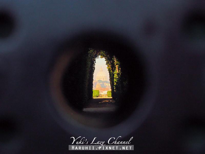 Buco della serratura di Roma1.jpg