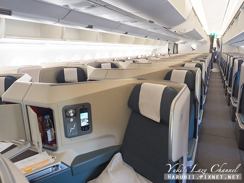 國泰航空A351 CX320 MAD-HKG 3.jpg
