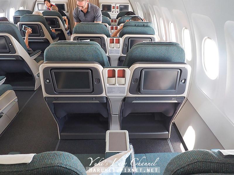 國泰港龍商務艙A321 9.jpg