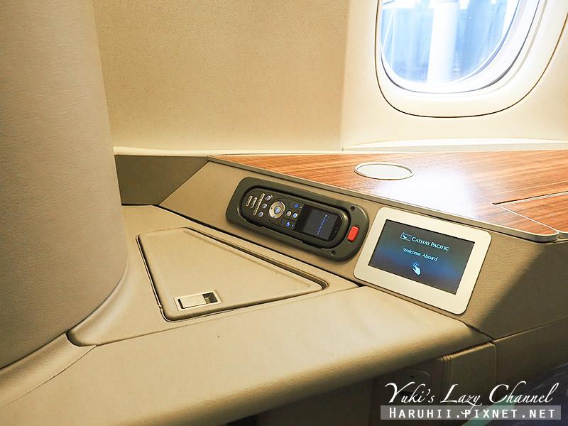 國泰航空頭等艙CX812香港波士頓21.jpg