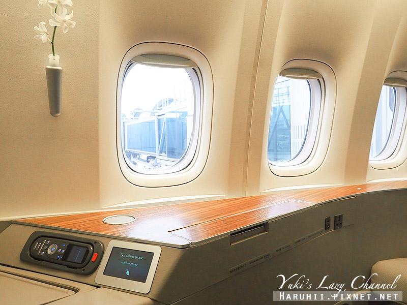 國泰航空頭等艙CX812香港波士頓22.jpg
