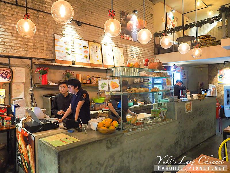 峴港越南法國麵包Banh mi AA 1.jpg
