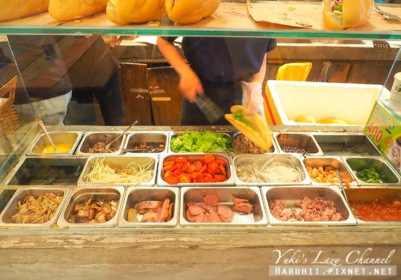 峴港越南法國麵包Banh mi AA 2.jpg