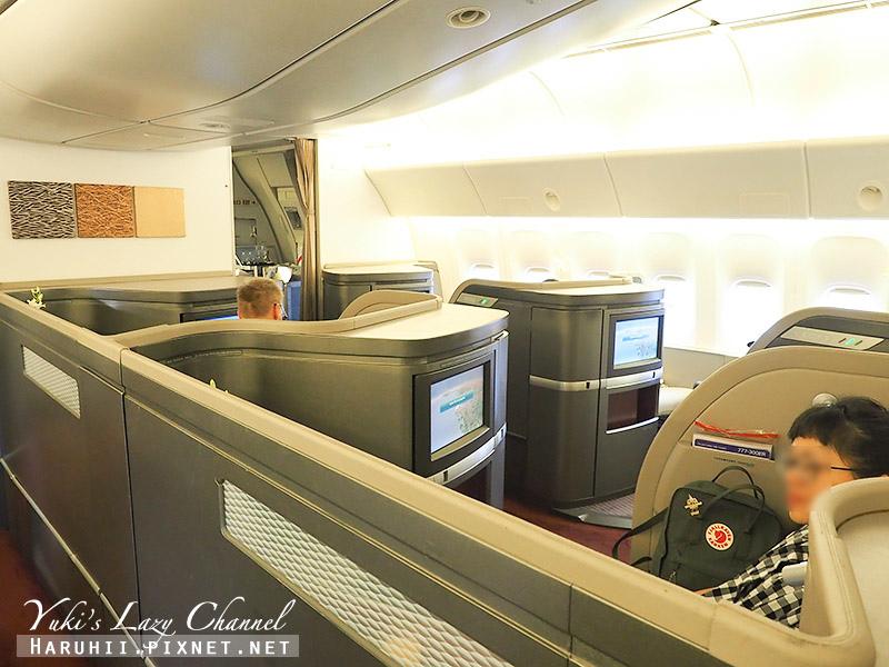 國泰航空頭等艙CX812香港波士頓1.jpg