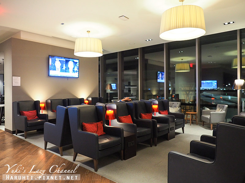 波士頓機場英航貴賓室British Airways Terraces Lounge25.jpg