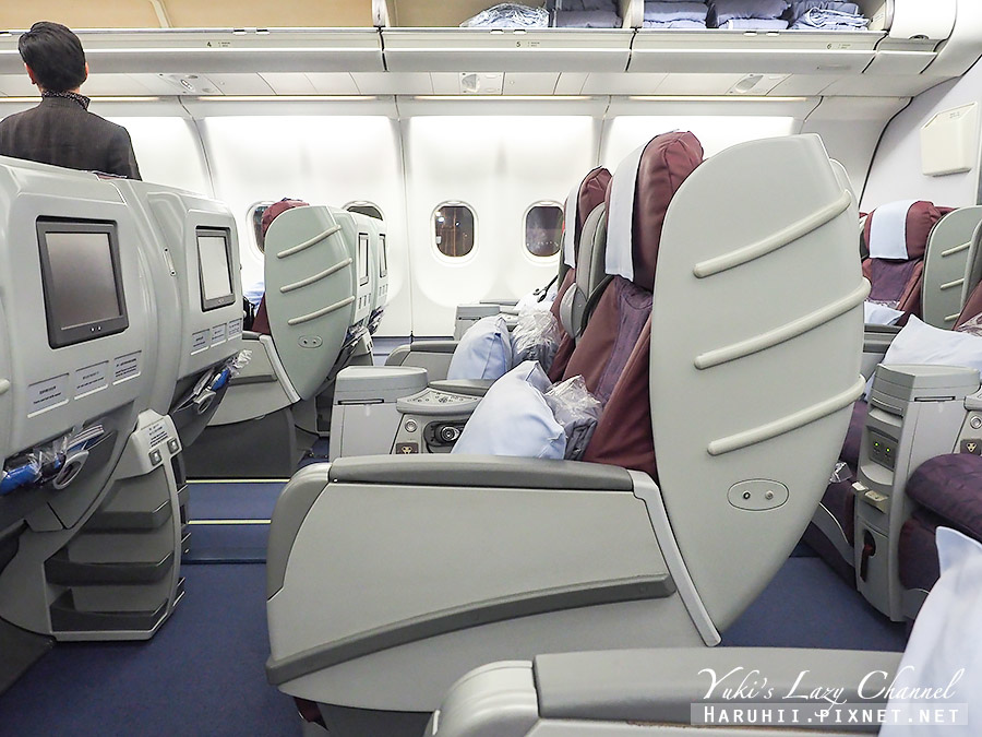 華航商務艙A330台北福岡11.jpg