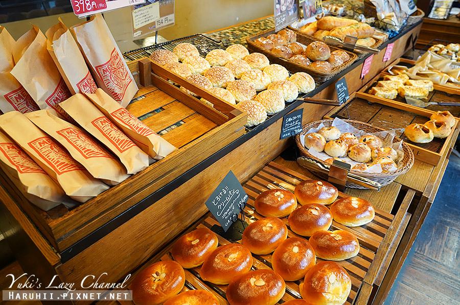 福岡full full bakery明太子法國麵包2.jpg