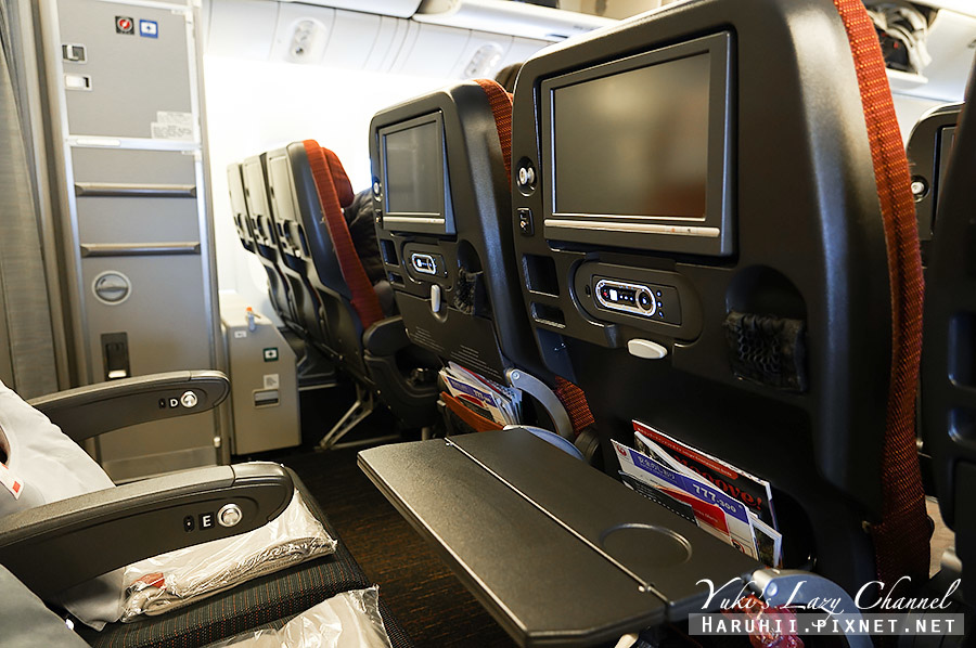 日航紐約羽田JL5 日航777-300ER19.jpg