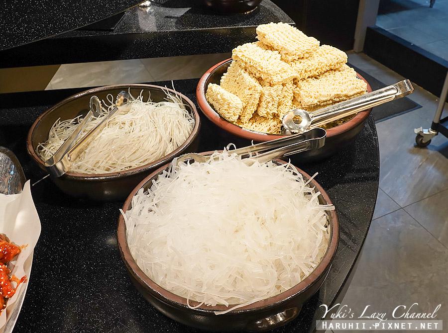 新莊兩餐韓國年糕火鍋吃到飽27.jpg