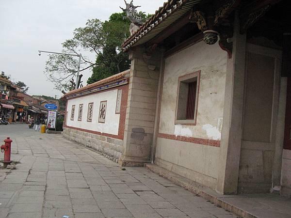 11_呂俊憲醫師_很有歷史的外牆.JPG