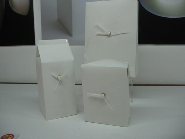 這是牛奶盒的時鐘