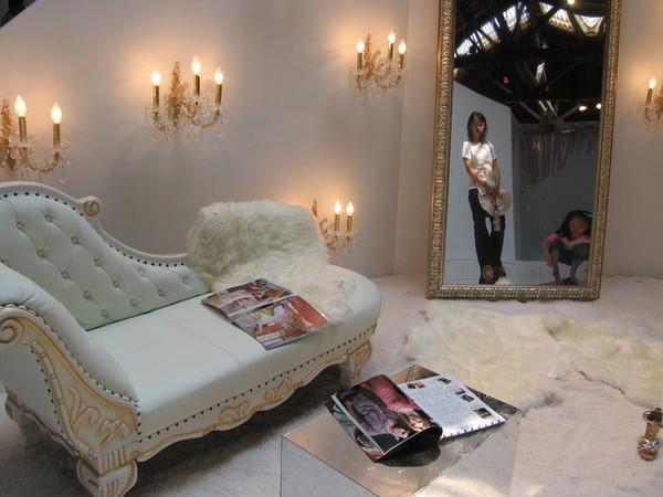 這是客廳沙發