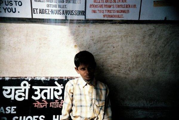 pushkar街邊小男孩 體內住有老靈魂