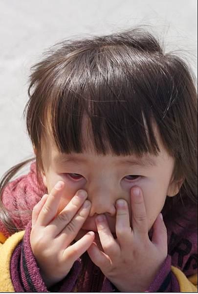 2012-01-26 回台南過年嚕!~沛鬼臉照