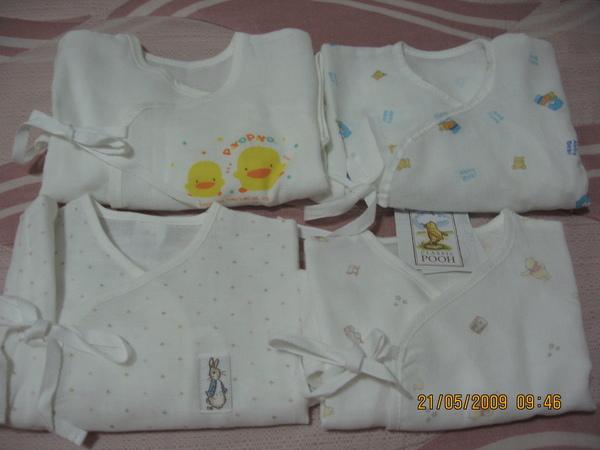 寶寶的四件紗布衣.JPG