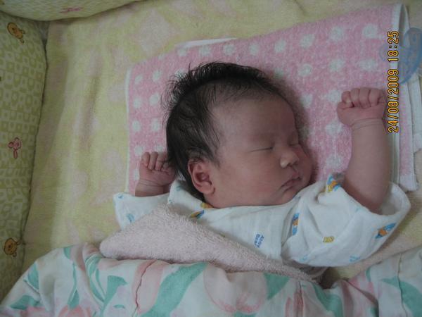 2009-08-24 小沛沛睡臉 (3).JPG