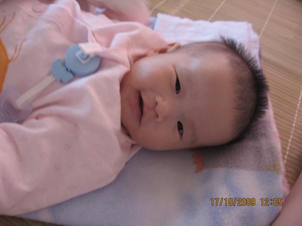 2009-10-18 小沛沛笑笑.JPG