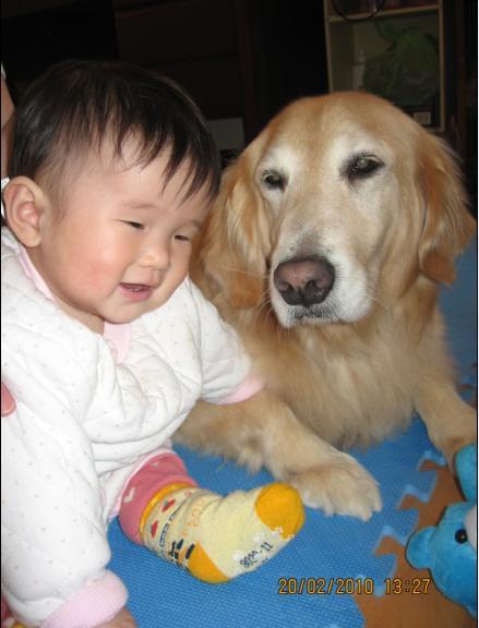 2010-02-20 沛沛跟妮妮 1.JPG
