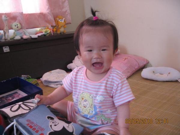 2010-05-09 沛沛明天是母親節唷.JPG