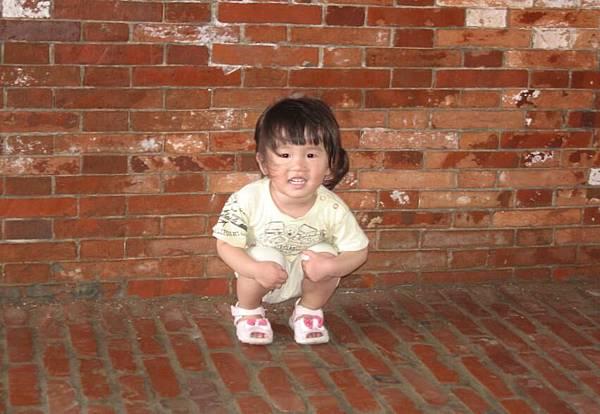 2011-05-05 沛沛來張獨照ㄅ.JPG