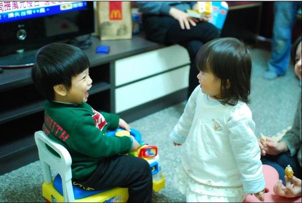 2011-02-13 小朋友慶生會5.JPG