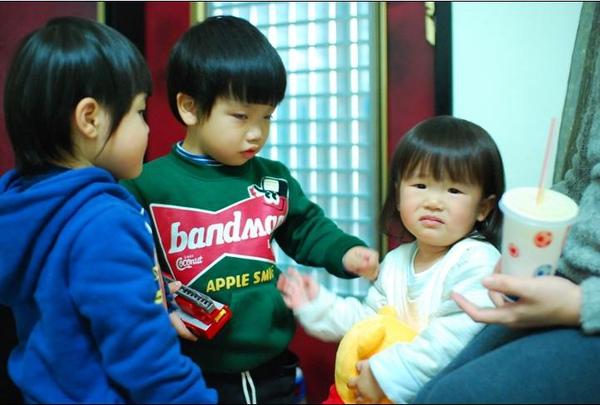 2011-02-13 小朋友慶生會8.JPG