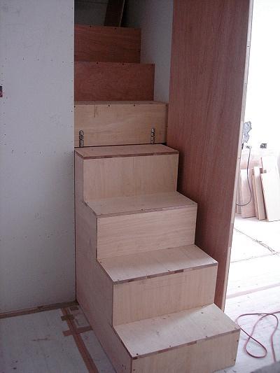 樓梯(3)-把樓梯拉出來