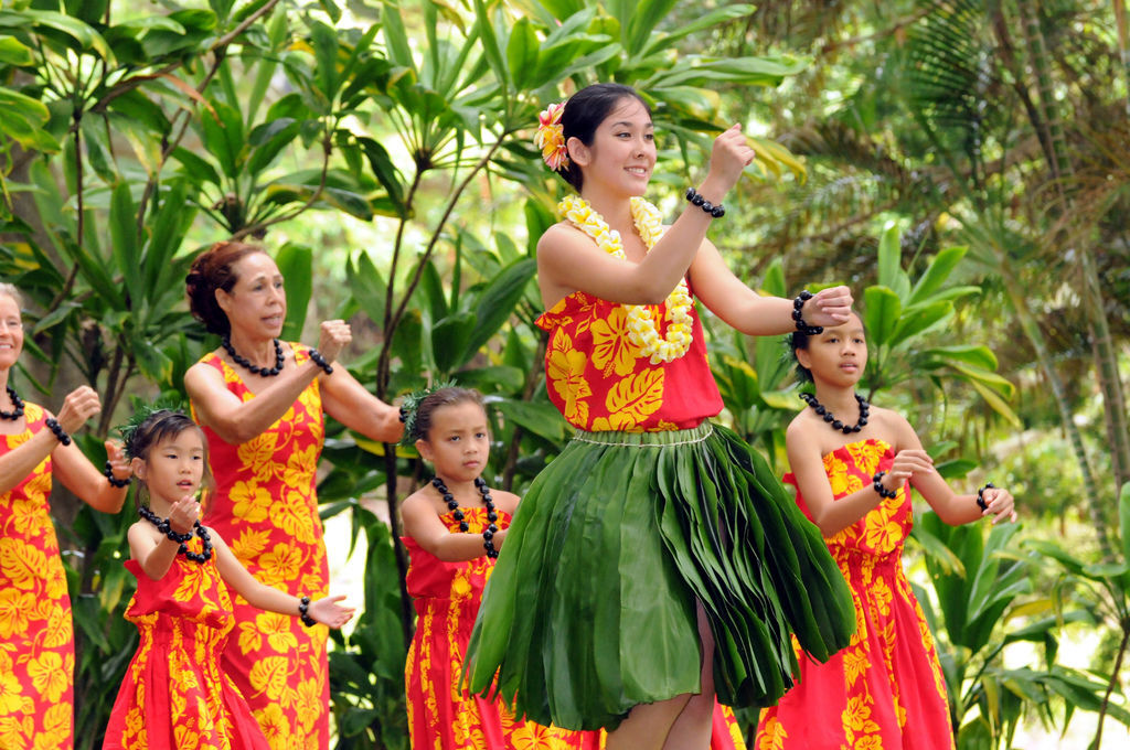 DSC_0212a Ha Hale o Kahala of Kumu Hula Leimomi Maldonado and Alakai Loren Kanoelani Chang