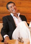 GIBA桑的笑永遠那麼可愛啦~~>///<