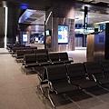 216高鐵台中站_2F候車區.jpg