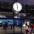 221高鐵台中站_大鐘.jpg