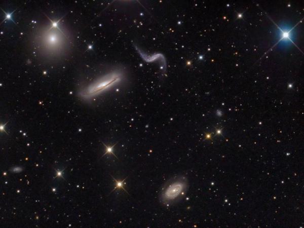 獅子座 Hickson44 星系群