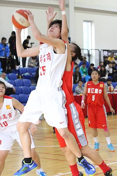 102學年HBL女甲級10日苗商張祐菁35分11籃板大殺四方