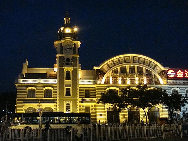 正陽門東車站.JPG