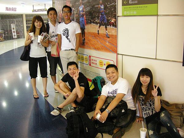 其他人都在台北.JPG