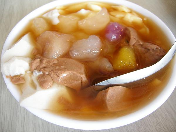 綜合布丁豆花加QQ~$35.JPG