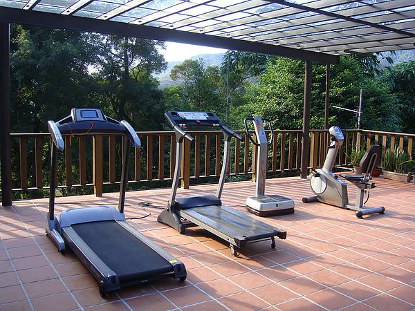 二樓有健身運動區.JPG