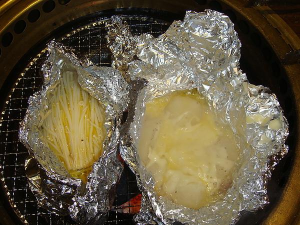 奶油金針菇&奶油起司洋芋.JPG