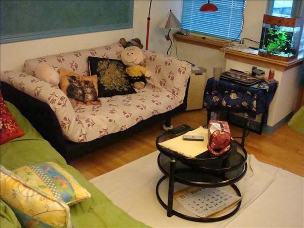 在這小客廳度過了愉快的下午