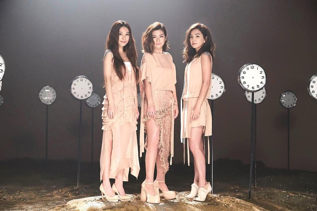 20160826 S.H.E 15週年紀念單曲 永遠都在 04.jpg