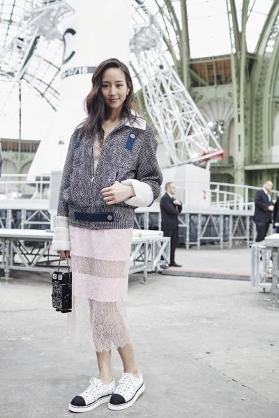 20170308 張鈞甯 巴黎 香奈兒 chanel fashion f:w show hc group 03.jpg