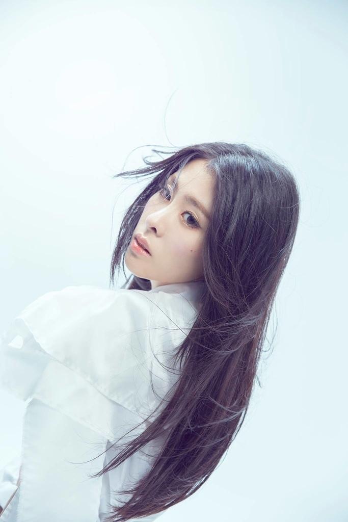 20161216 張碧晨 全新個人專輯 開往早晨的午夜 hc group 03.jpg
