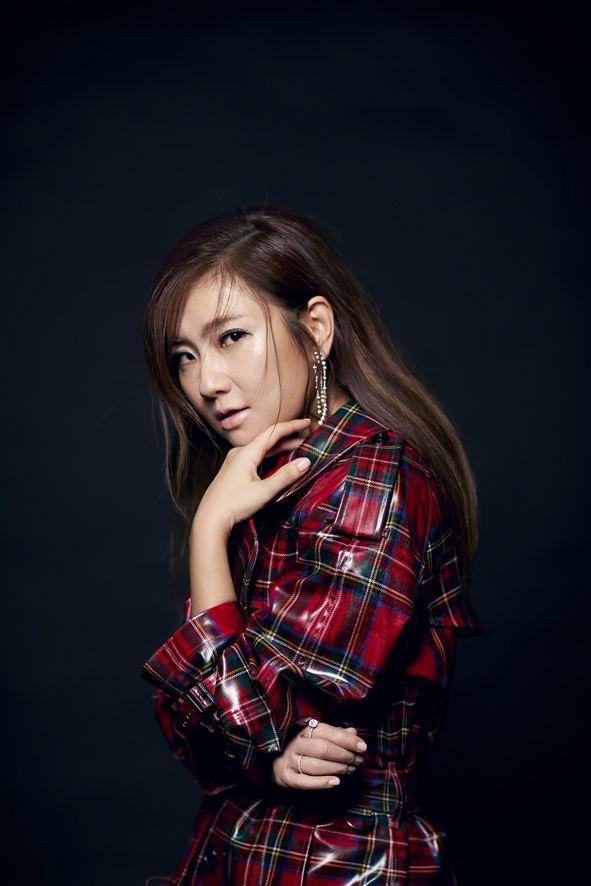 201801 beauty 美人誌 第206期 任家萱 封面人物 hc group 05.jpg