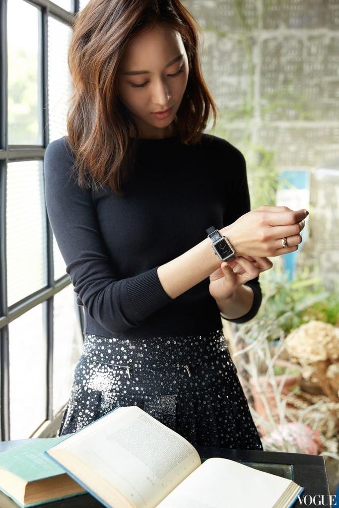 201707 vogue 張鈞甯 香奈兒碗錶 只想和你膩在一起 hc group 03.jpg
