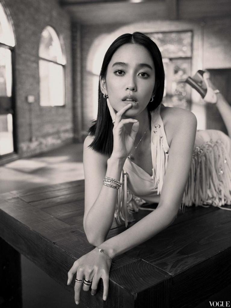 201807 Vogue jewelry 陳庭妮 專訪 hc group 03.jpg