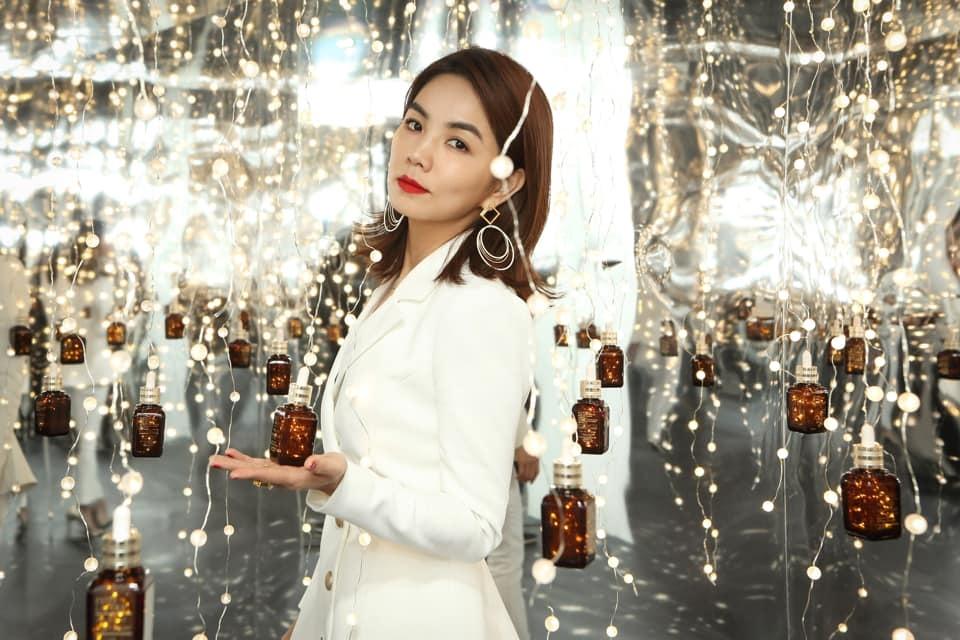 20190111 陳嘉樺 ella 雅詩蘭黛 品牌形象大使 代言記者會 hc group 03.jpg