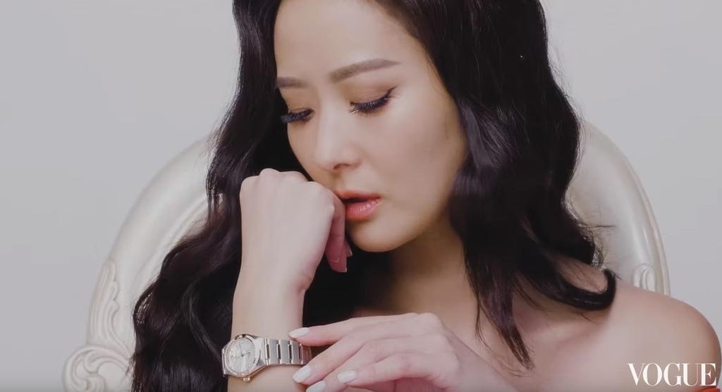 20190502 孫芸芸 OMEGA 星座曼哈頓系列腕表 形象廣告 hc group 03.jpg