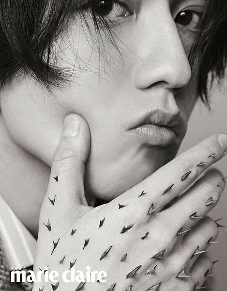 201912 美麗佳人 十二月號 林宥嘉 雜誌專訪 johnny by hc group 05.jpeg